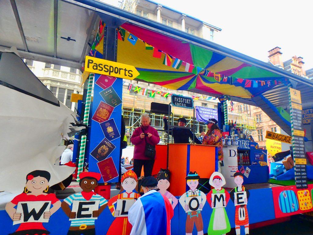 ロンドン 観光 パレード
