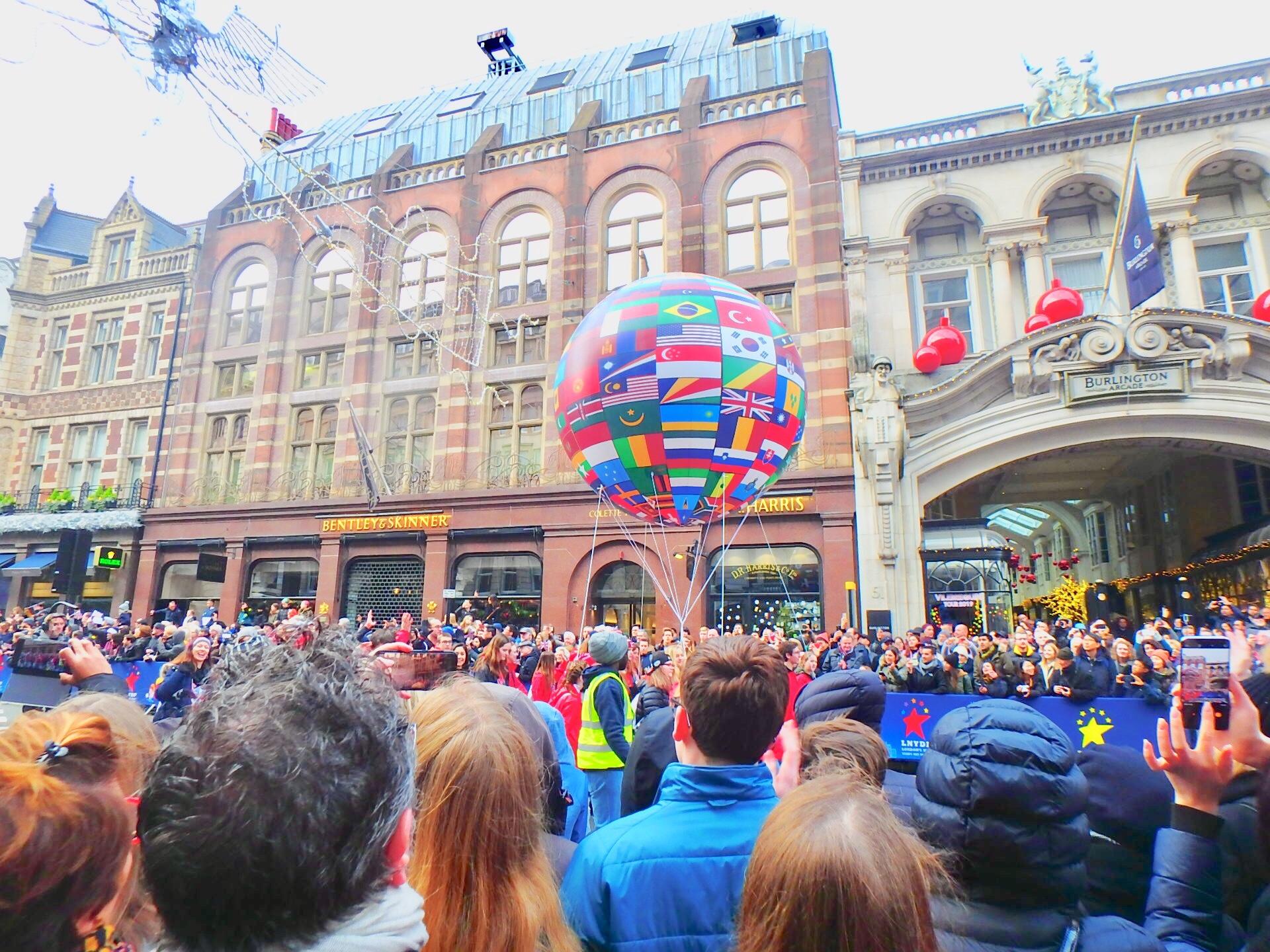 ロンドン ニューイヤーズパレード