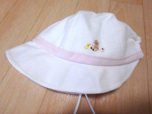 赤ちゃん 旅行 持ち物 夏 帽子