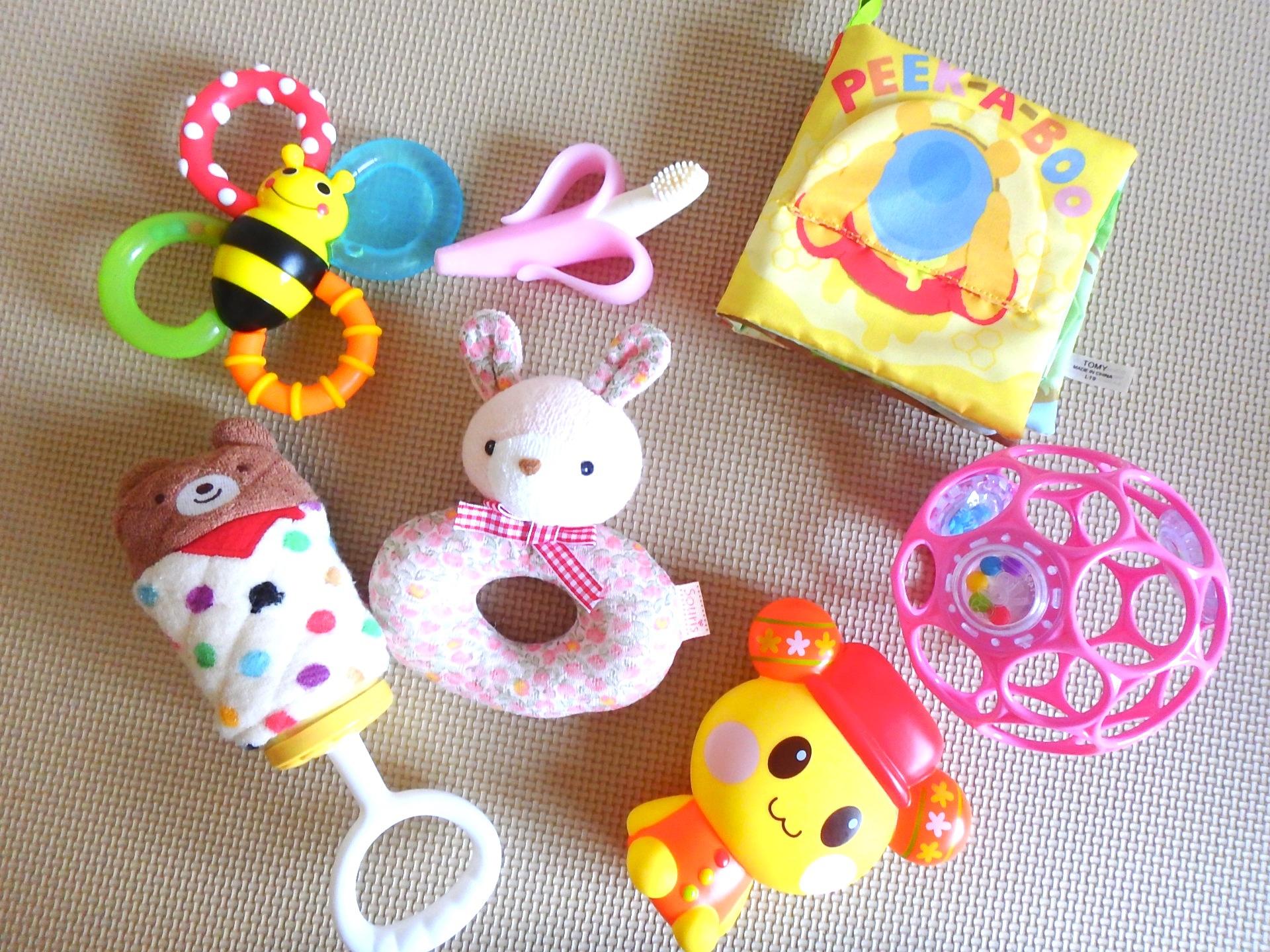 赤ちゃん連れ 旅行 持ち物 おもちゃ