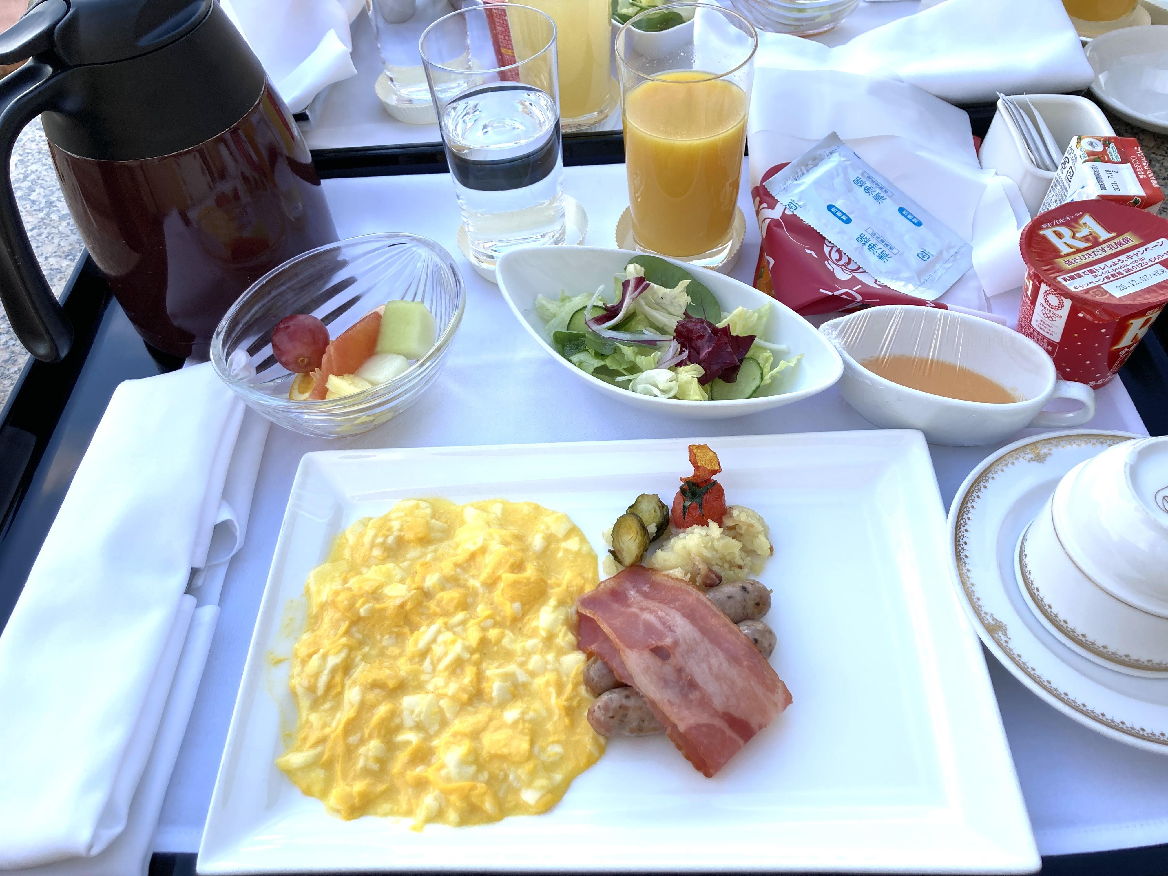 ミラコスタ ルームサービス 朝食 ブログ